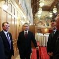 Durva tudathasadásban az Orbán-kormány