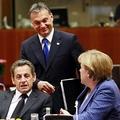 Orbán Viktor zsarol és hazárdírozik