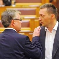 Matolcsy, Rogán: ideges a kormány