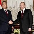 Mibe hajlandó belemenni Orbán Moszkvában?