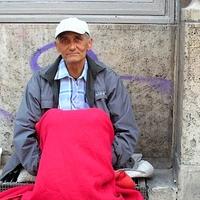 Koldusok, hajléktalanok, hangulatrontók