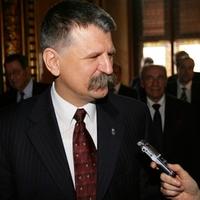 Amit a Fidesz a baloldaltól eltanult: önteltség, pökhendiség, kioktatás