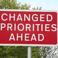 Prioritás…
