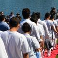 Új hullám: muszlim bevándorlók ezrei keresztelkednek meg Európában