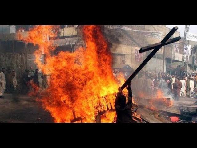 Anonymous figyelmeztetése 2018-ra, 2. rész: Példátlan keresztényüldözés zajlik (magyar felirattal)