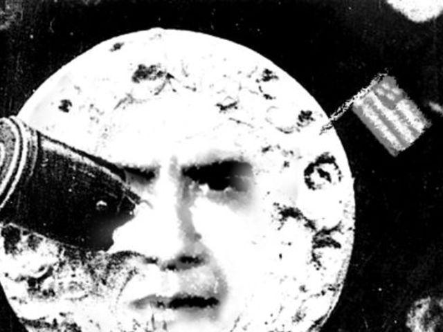 Kit érdekel a Hold? Obama törölte Kennedy álmát