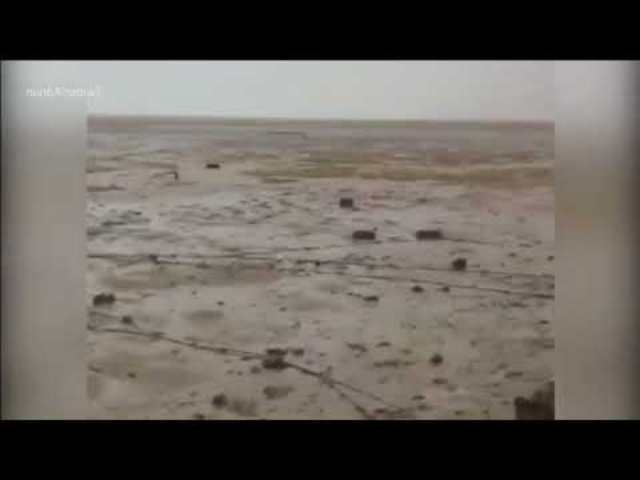 Bibliai csodát ismételt a hurrikán: Kettévált a tenger a Bahamákon