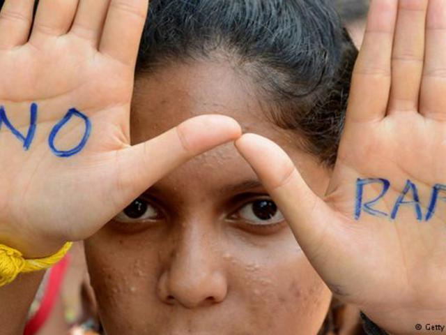 """A """"hitetlen"""" lányok csak szexuális tárgyak Pakisztánban"""