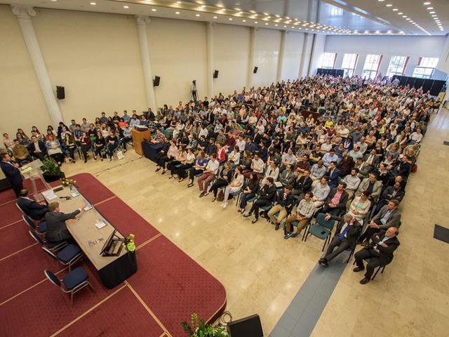 """""""A magyar keresztények példát mutatnak Európának"""""""