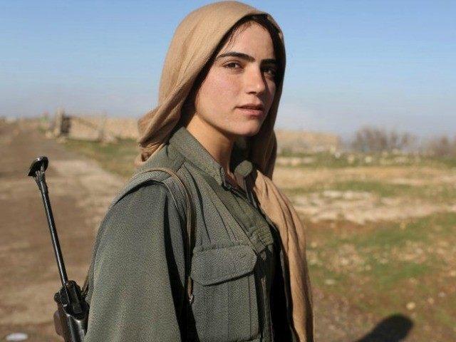 A Nap Lányai: volt szexrabszolgák harcolnak az ISIS ellen