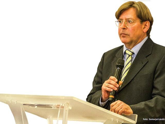 Elhunyt Udo Ulfkotte, a legbátrabb német újságíró
