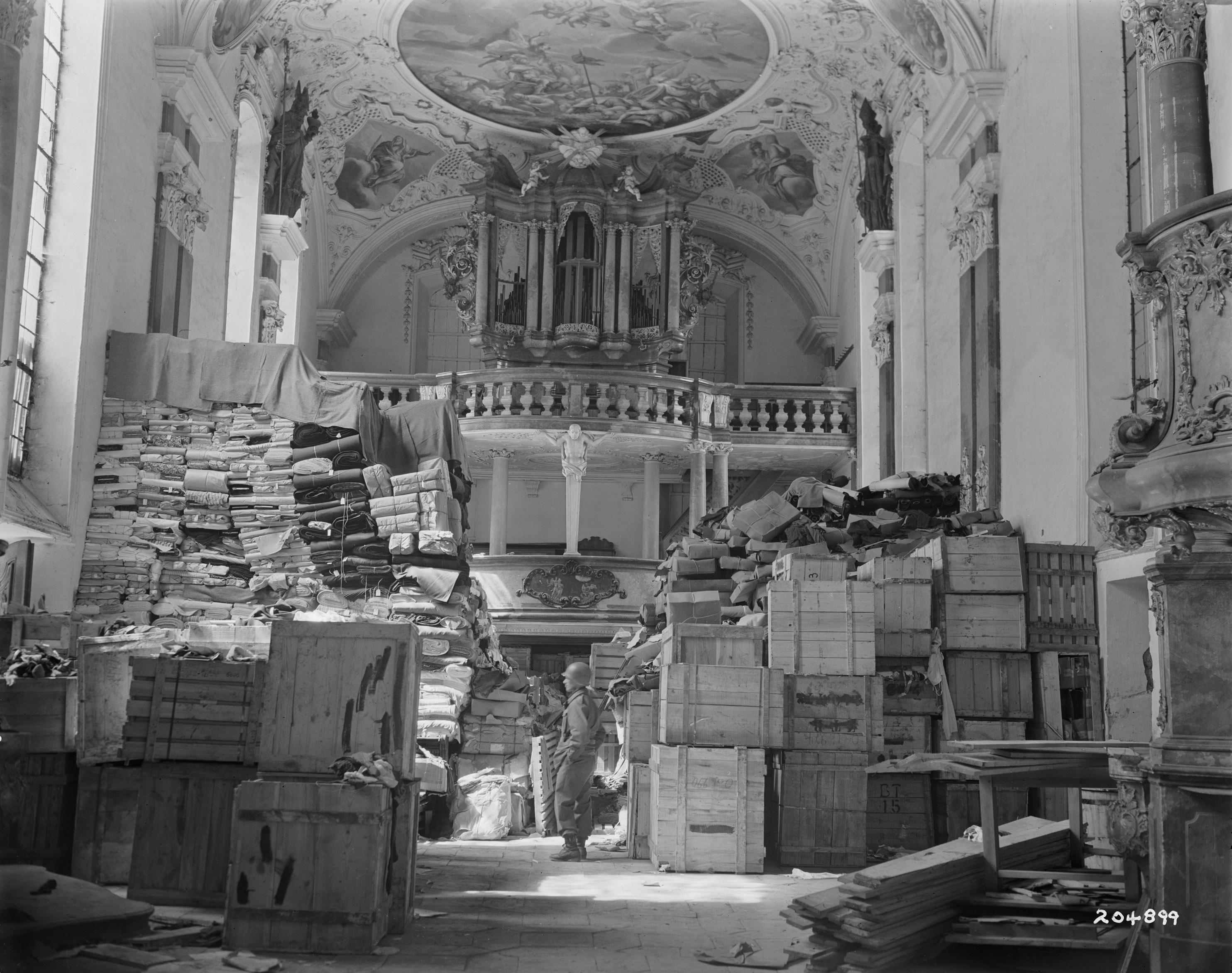 looted_art_german_loot_stored_at_schlosskirche_ellingen_ellingen_bavaria_germany.jpg
