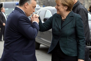 Új diagnózist állítottak fel: Orbán fél a nőktől