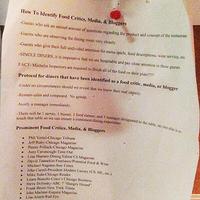 Miről lehet felismerni az étteremkritikust és a gasztrobloggert?