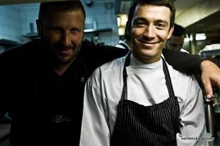 Ettél már Michelin-csillagos étterem konyháján? Costes + Világevő = jótékonyság