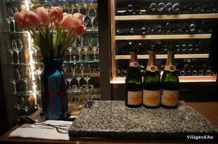 Pesti Pesten pezsgőzik - legalábbis vendégségben
