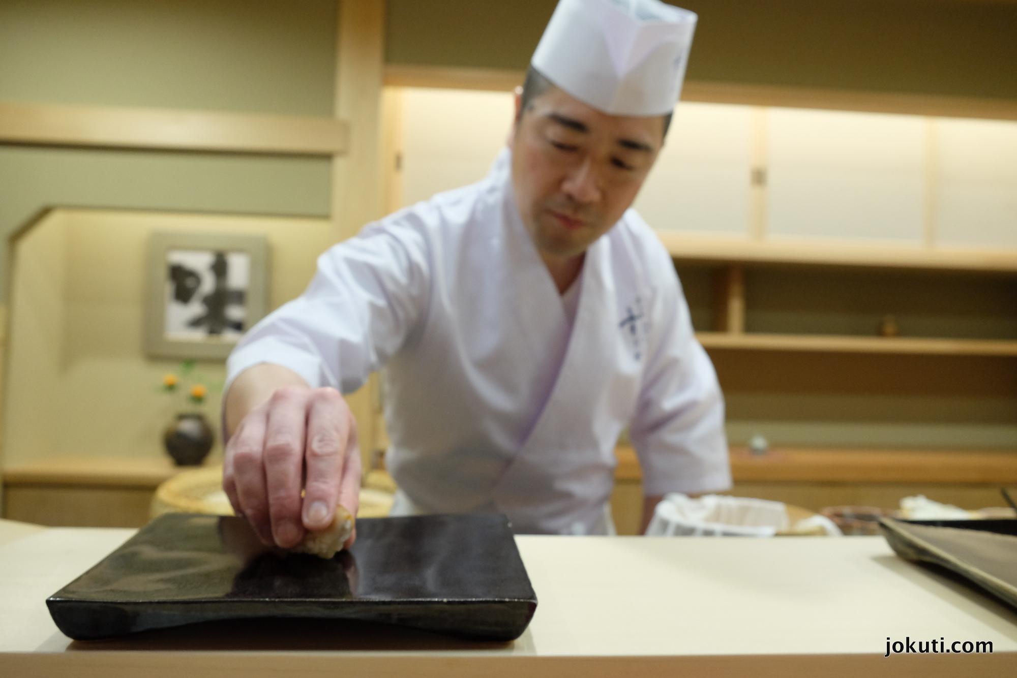 dscf5610_sugita_sushi_michelin_tokyo_japan_vilagevo_jokuti.jpg
