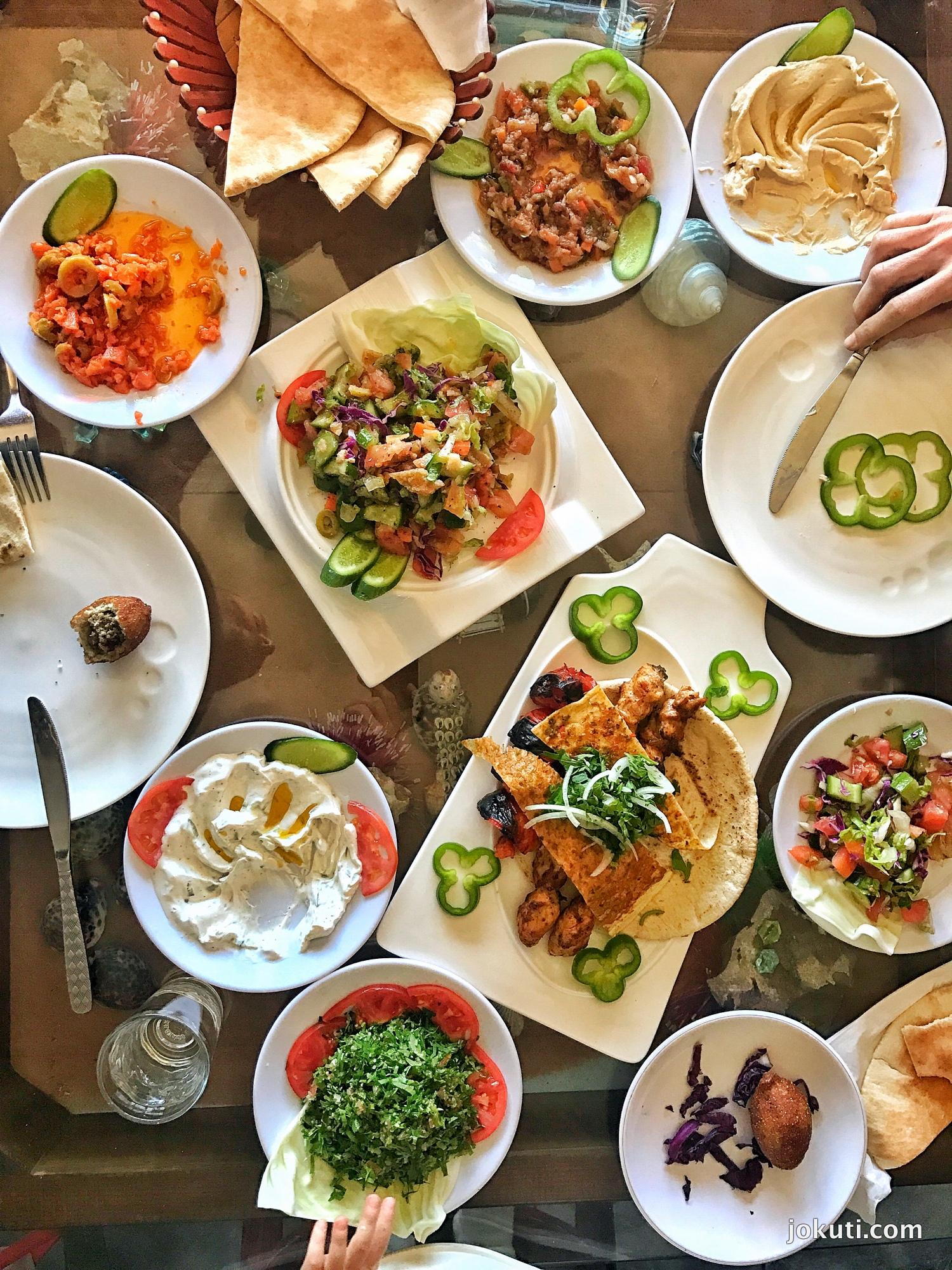 jordan_middleeast_kozelkelet_jokuti_vilagevo_mezze_food_chickpea_10.jpg