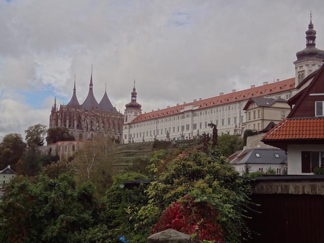 Kutná Hora: a történelmi városközpont a Szent Barbara templommal és a sedleci Miasszonyunk katedrálissal  - Csehország