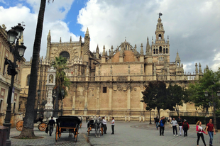 A Katedrális, az Alcazar és az Archivo de Indias Sevillában (Spanyoloroszág)
