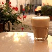 Egy reggeli tejeskávé Toszkánában