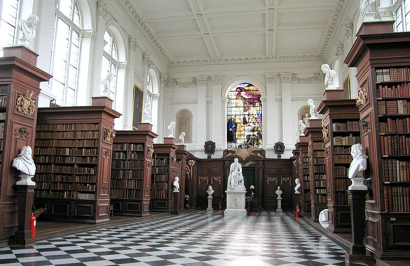 Wren Library, Trinity College, Cambridge University, Cambridge, UK.jpg