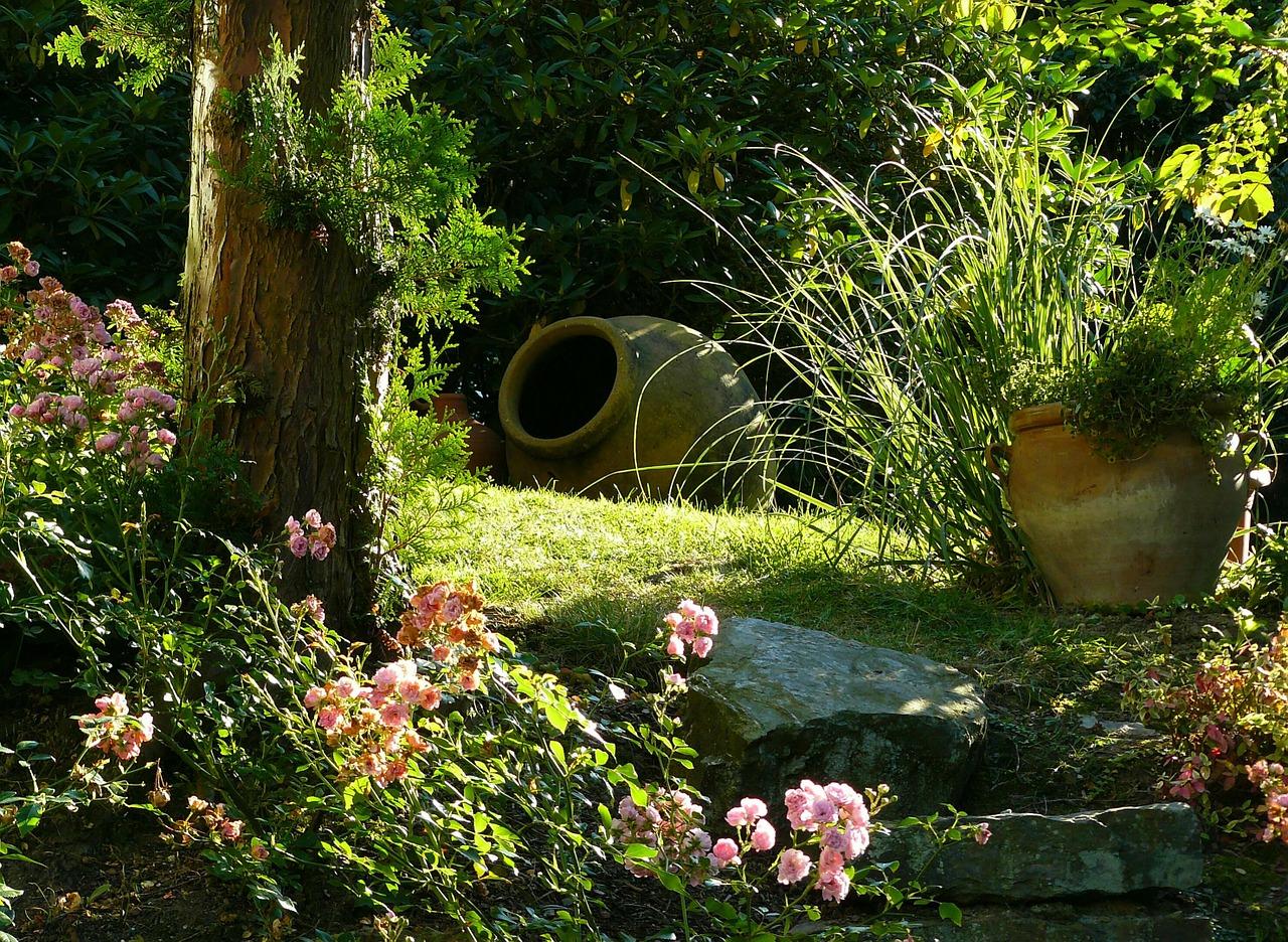 garden-274534_1280_pixabay.jpg