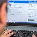 Törvénytelenek a Facebook adatvédelmi beállításai