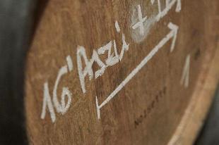 #disznókő #aszú #barrel #cellar  #tokajwineregion #tokaji #tokaj #visittokaj #tokajhegyalja #instahungary #instahun #loves_hungary #visithungary #UNESCO #unescoworldheritage #unescoworldheritagesite #discoverglobe #instaphoto #pictureoftheday #picoftheday @travelo.hu @hellomagyarorszag @ilovehungarianwines