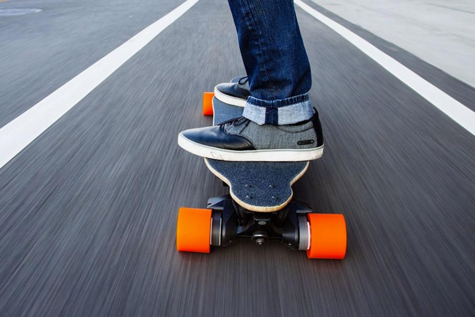 electricskateboardfoot.jpg