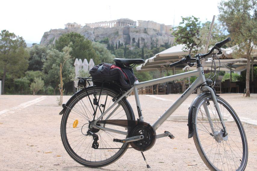 bicikli_es_akropolisz.jpg