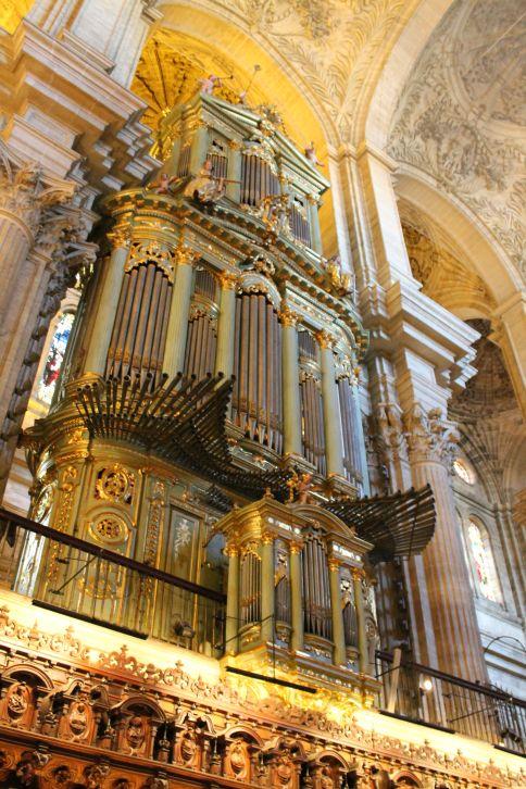 a_katedralis_orgonaja.jpg