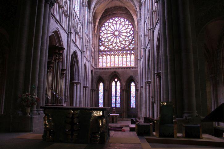 katedralis_belul.jpg
