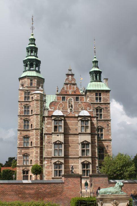 rosenborg_kastely.jpg