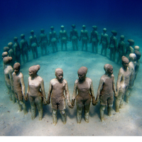 Múzeum a víz alatt - így jön össze a korallzátony a művészettel