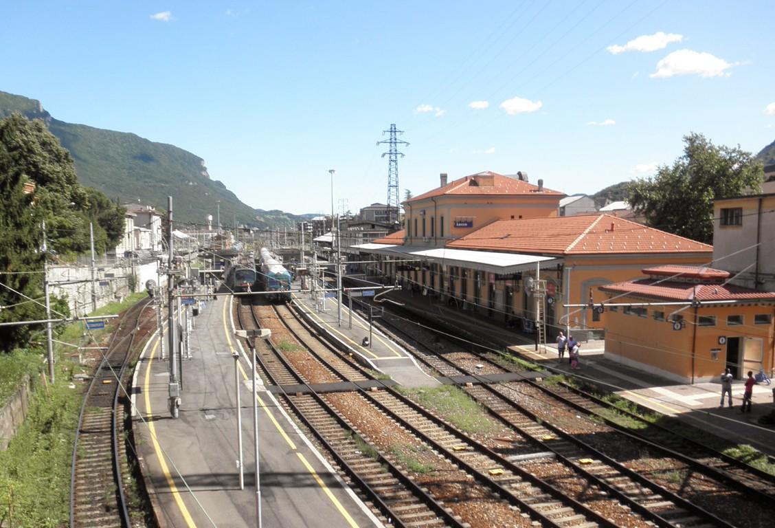 olaszország lombardia Valtellina vasút Lecco vasútállomásán