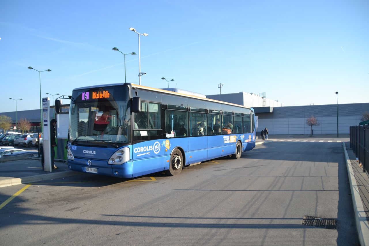 Beauvais-Tille repülőtér, busz