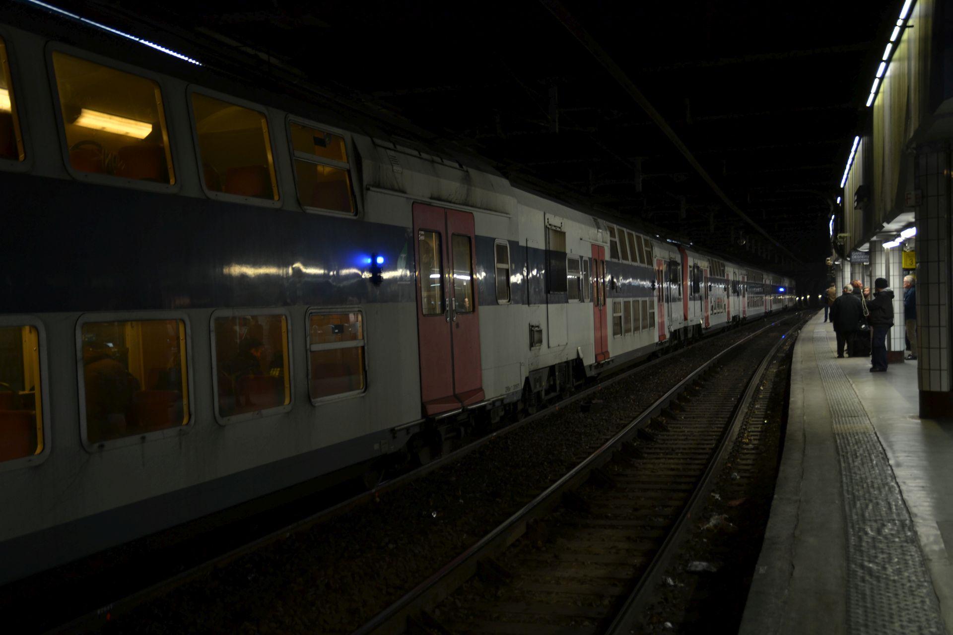 RER párizs állomás