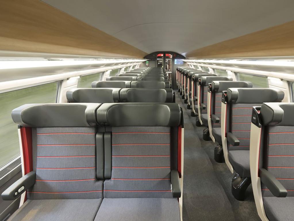 tn_fr-sncf-tgv-oceane-1-class-seats-credit-jean-claude_thuillier.jpg
