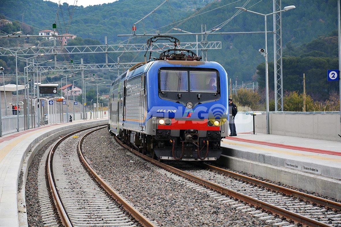 Genova-ventimiglia-vasútvonal, andora állomás