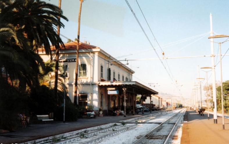 Genova-ventimiglia-vasútvonal, taggia-arma állomás