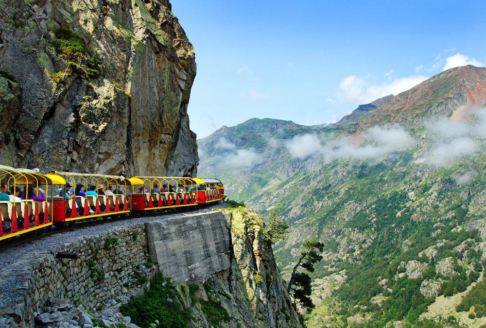 Petit train d'Artouste, franciaország, pireneusok, kisvonat, hegyi vasút