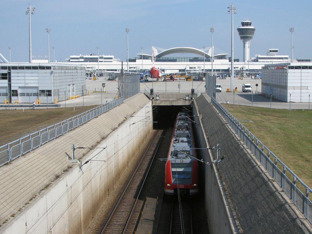 s-bahn, münchen, repülőtér