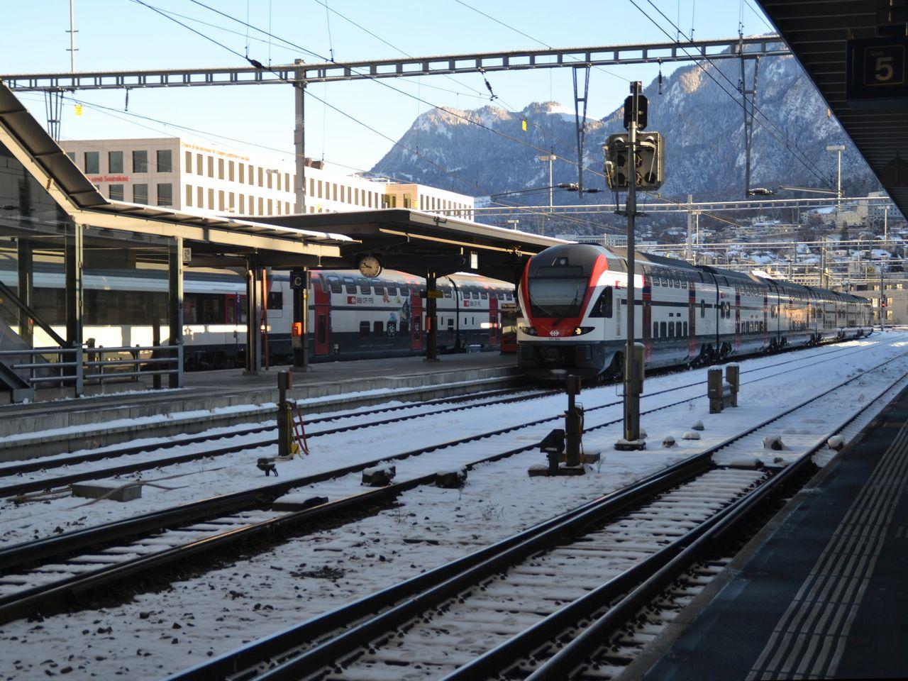 svájc, SBB Intercity, Stadler flirt, chur, állomás, bahnhof