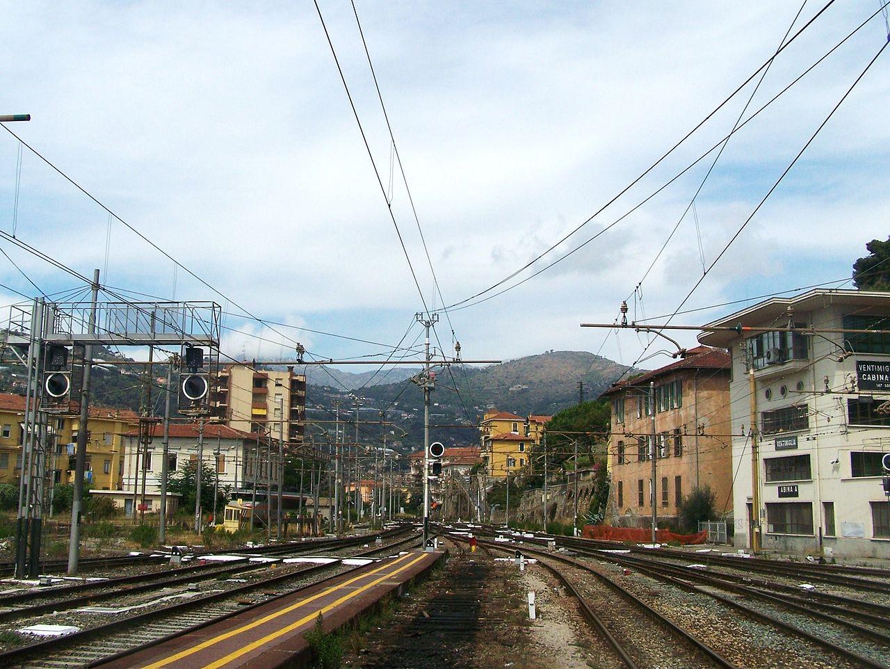 arrivee_de_ligne_marseille-vintimille_italie.JPG