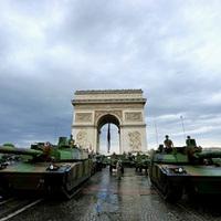 Akit a tankszag elkerült, avagy Múzeumkritika