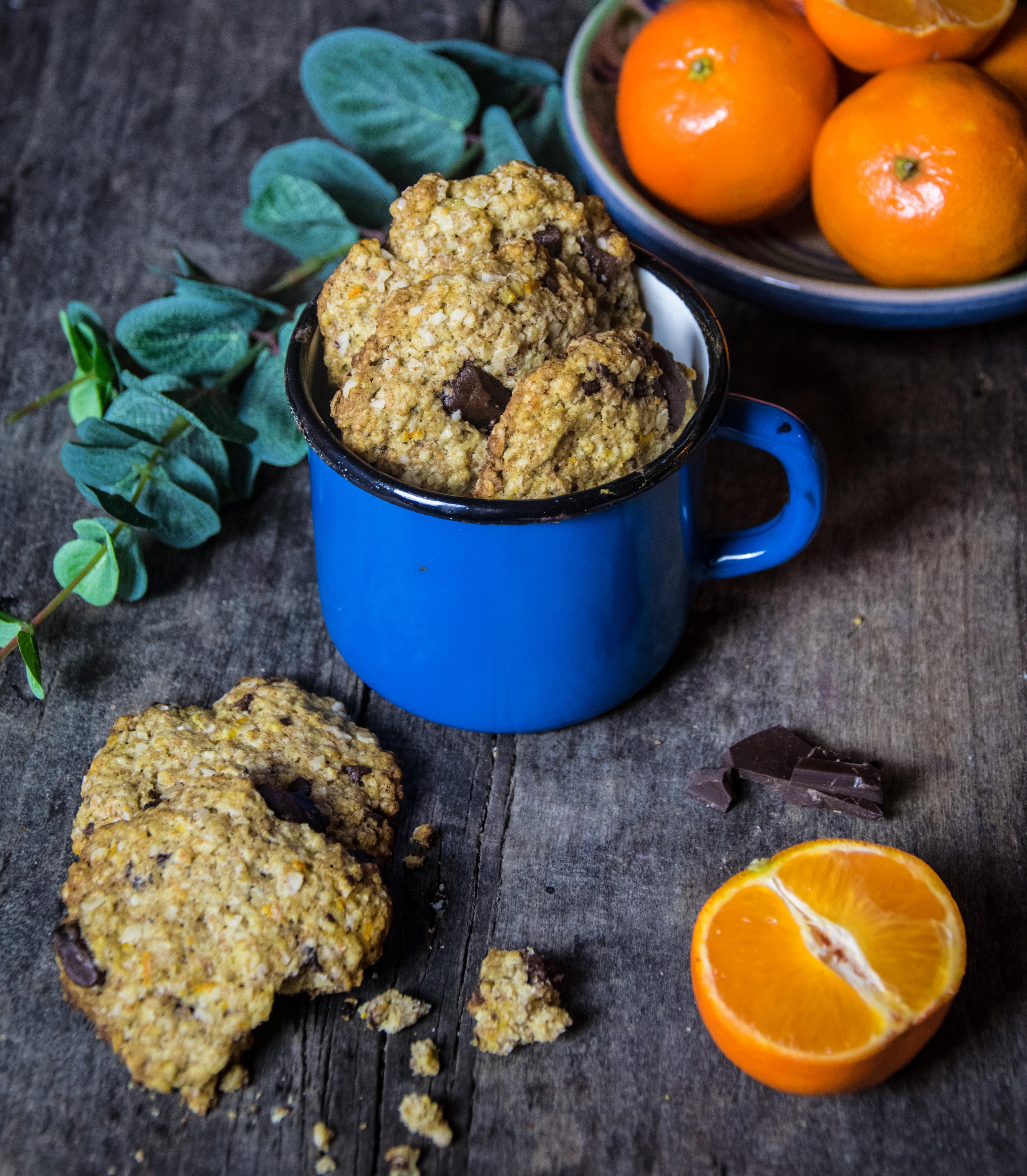 Ropogós csokis-narancsos zabpelyhes keksz