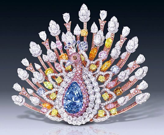 e39ab3080b0dbd0f9b545b49828a0618--diamond-brooch-pink-diamonds.jpg