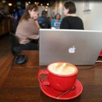 Újgeekek a kávéházi oázisokban [update1]