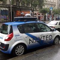Navteq autó pásztázza a pesti utcákat